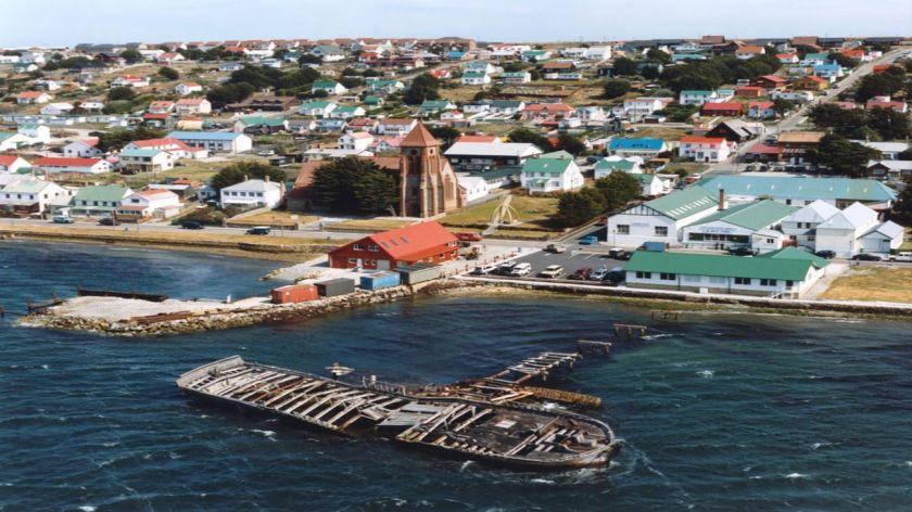 Argentina acuerda con Reino Unido vuelos a las Islas Malvinas desde Brasil