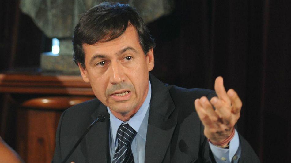 Luis Petcoff Naidenoff, diputado nacional.