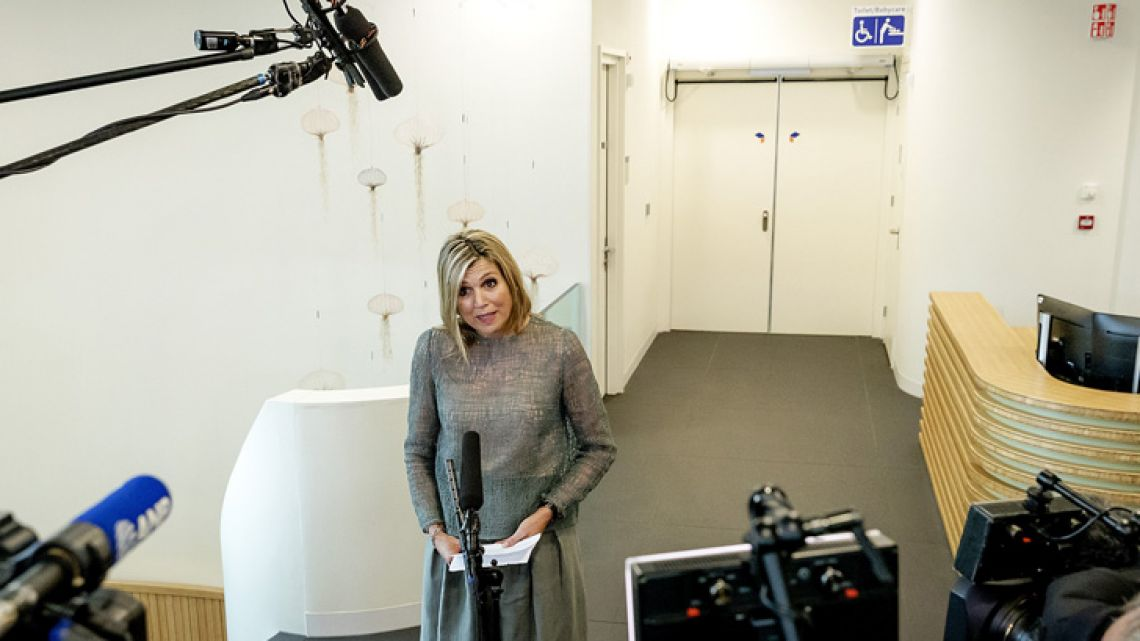 Dutch Queen Máxima addresses the media during a visit to the Proton Therapy Centre (Protonentherapiecentrum) in Groningen.