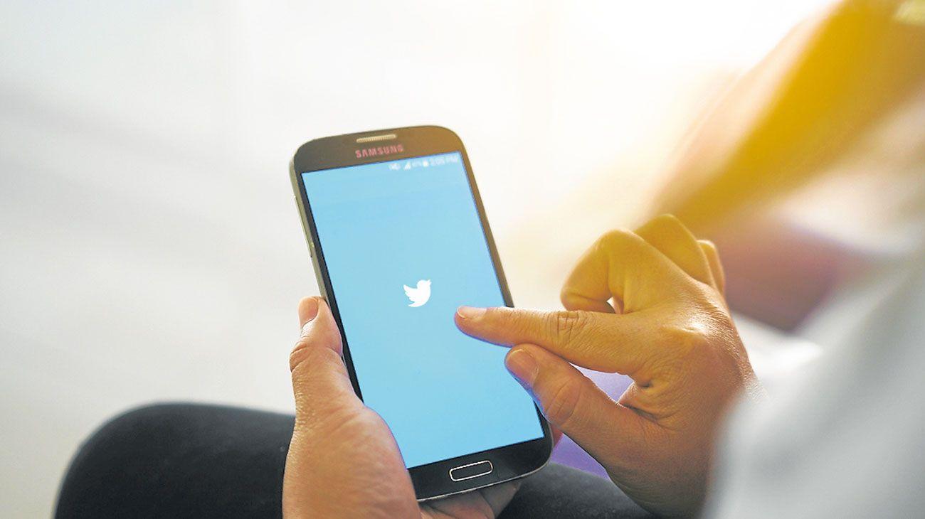 Sin gestos. Los twitter están privados de indicaciones oportunas como emojis.