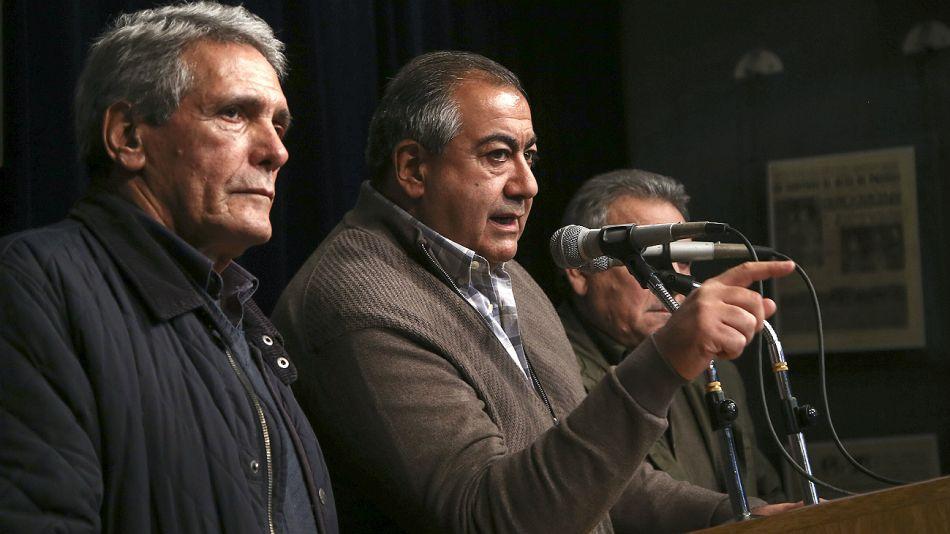 Carlos Acuña, Hector Daer y Juan Carlos Schmid, titulares de la CGT.