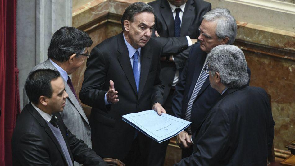 Finalmente, los senadores llegaron a un acuerdo y el proyecto no pasará por la Comisión de Presupuesto y Hacienda.