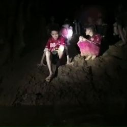 thailand-accident-weather-children-cave