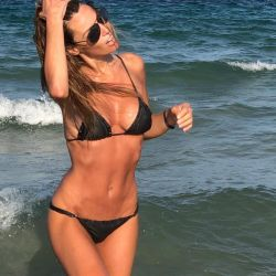 Pampita-bikini-Ibiza (6)