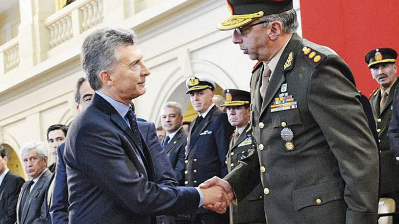 001-militar-reforma