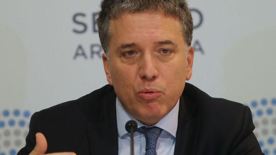 El ministro de Hacienda, Nicolás Dujovne, se encontraba esta tarde en el Congreso para dar detalles del acuerdo que firmó el Gobierno con el Fondo Monetario Internacional (FMI) ante la Comisión Bicameral de control de la deuda externa.