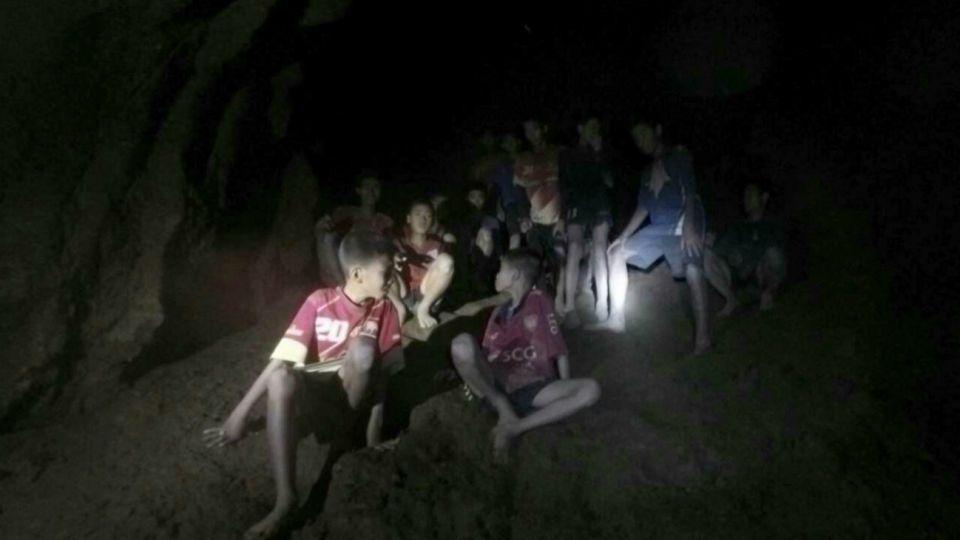 niños cueva tailandia 20180704