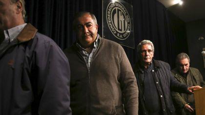 Los secretarios generales de la CGT, Carlos Acuña, Hector Daer y Juan Carlos Schmid