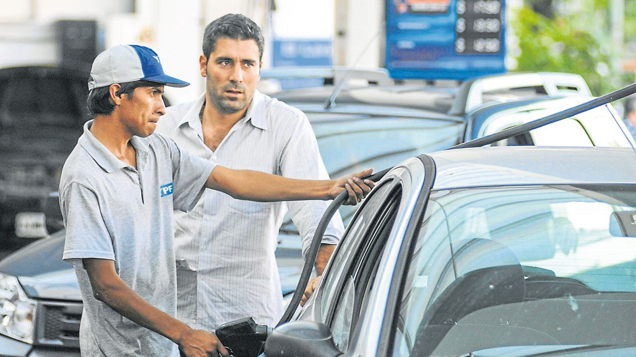 EN LA MIRA. Ayer, un gran buffet de abogdos analizaba demandar a la petrolera estatal YPF.
