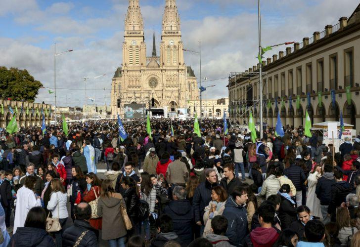 Marcha a favor de la vida en Luján