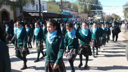 Bachillerato San Miguel Arcángel_desfile_207102018