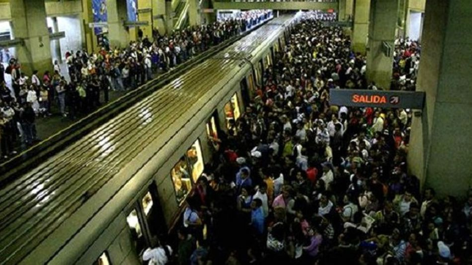 Una estación de subte en Caracas. Ya ni cobran el pasaje.