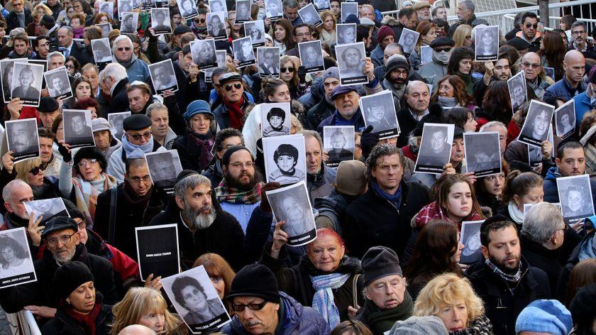 Atentado a la AMIA: sin Macri, conmemoran un nuevo aniversario
