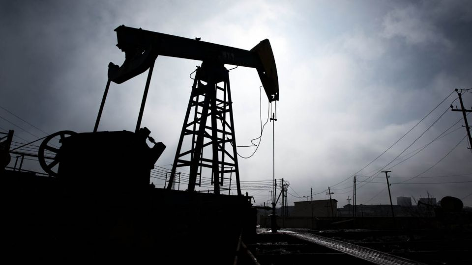 El crudo ve impactado su precio entre la guerra comercial entre Rusia y Arabia Saudita y la recesión global por la pandemia.
