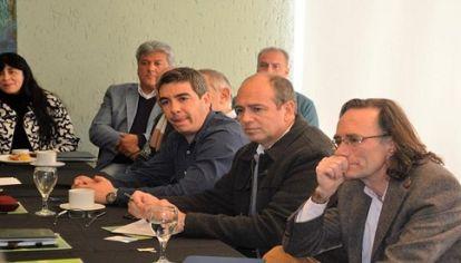 GASTADORES. En siete años, los municipios cordobeses recibieron un 479% más de fondos por transferencias e ingresos de origen nacional y provincial, a la par que hicieron crecer su déficit en 520%.