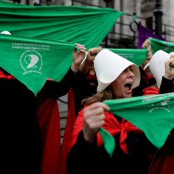 Pro-choice activists in favour of decriminalising abortion held a rally that ended outside Congress on Wednesday.