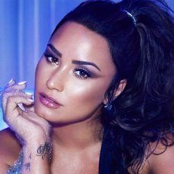 0814_Demi_Lovato_g