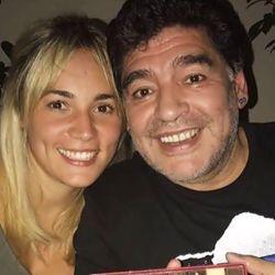 0817_Diego_Maradona_Rocio_Oliva_g