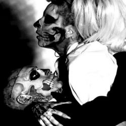 lady-gaga-y-zombie-boy-2