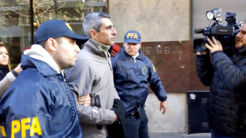 Baratta arrestado 08012018
