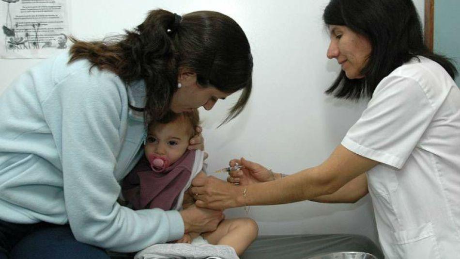 Vacunación bebé sarampión