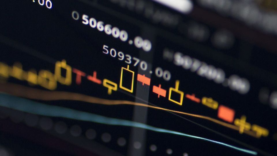 Bitcoin And Other Cryptocurrencies Online As Its Stocks Soar