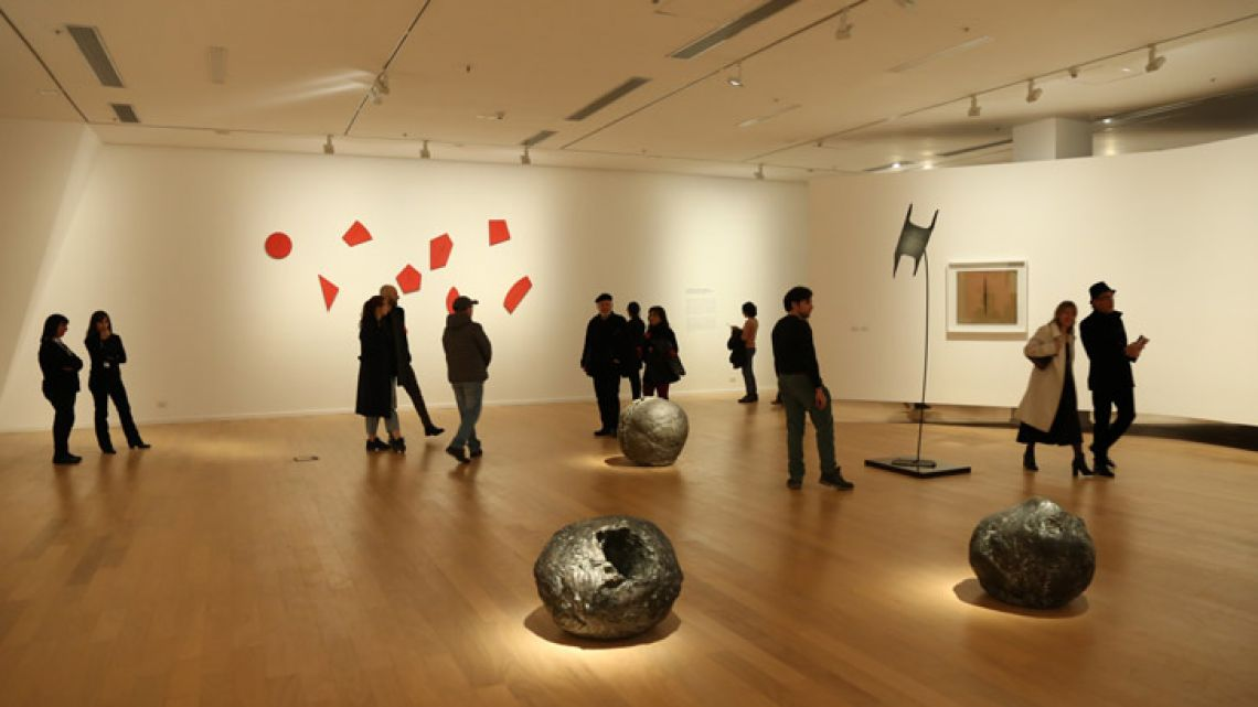 The Buenos Aires Museum of Modern Art (Museo de Arte Moderno de Buenos Aires, MAMBA) reopened its doors last month.