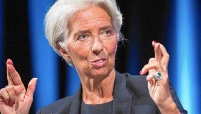 CRUZEMOS LOS DEDOS. El FMI le dio a la Argentina un respaldo financiero y político que ahora expone al organismo frente a un virtual fracaso de la operación si no se cumplen las reformas. El apoyo de Christine Lagarde fue decisivo; ahora la palabra la tiene el staff técnico