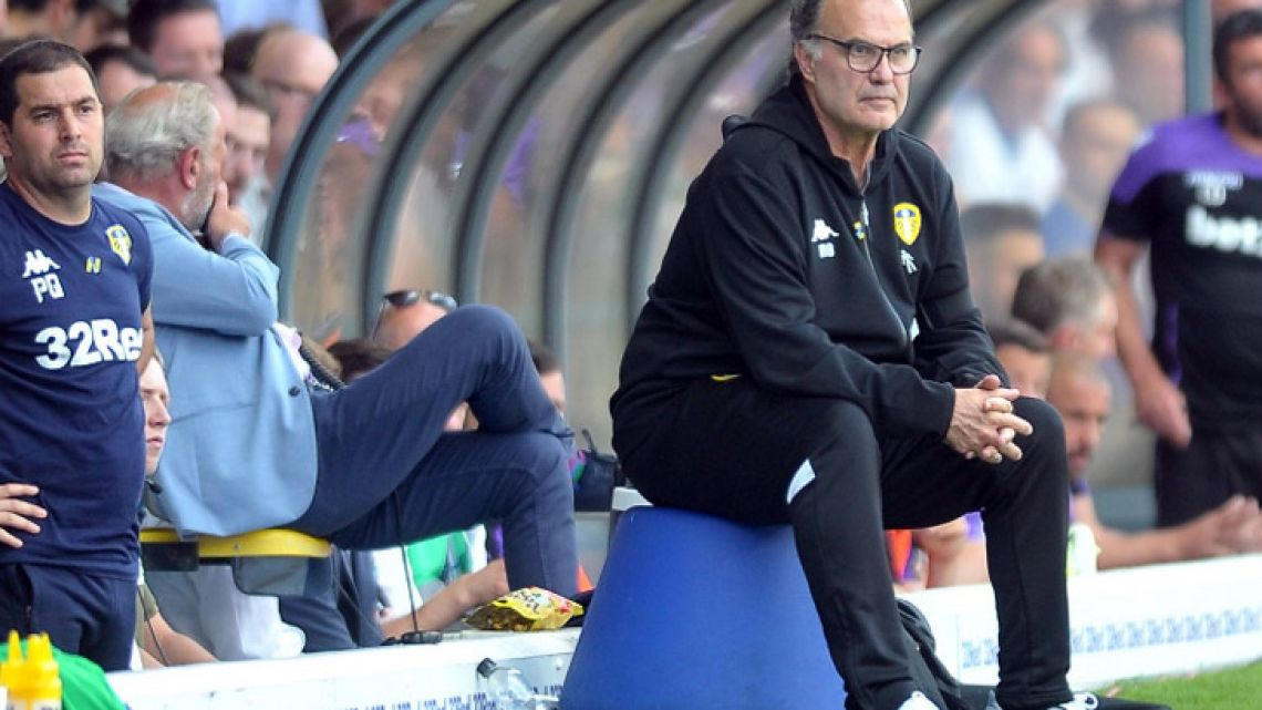 Marcelo Bielsa made his debut in the Leeds United dug-out this Sunday.