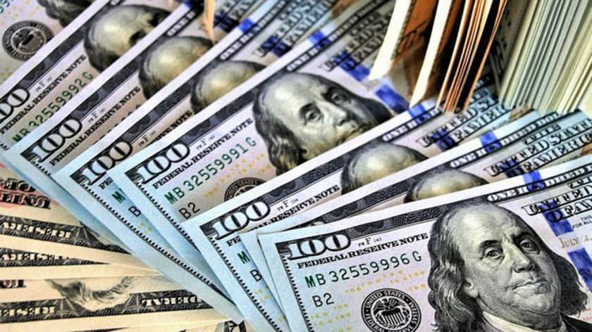 Efecto cuadernos: el dólar roza los 30 pesos
