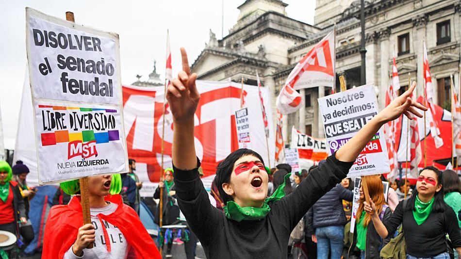 0810_aborto_legal_marcha_na_g.jpg