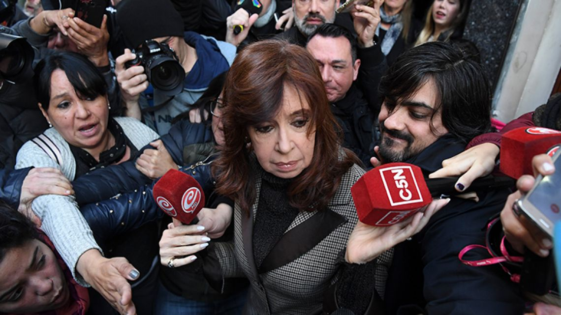 Former Argentina president Cristina Kirchner leaves her appartment on her way to court in Buenos Aires, Argentina, on August 13, 2018. Kirchner appears before judge running inquiry into 'corruption notebooks' case.