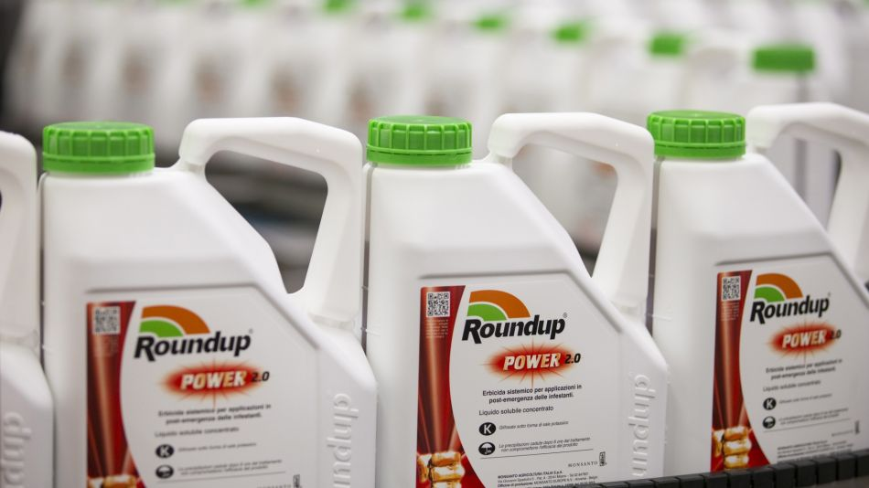 Bayer Drops After Monsanto Loses Verdict in Roundup Cancer Trial