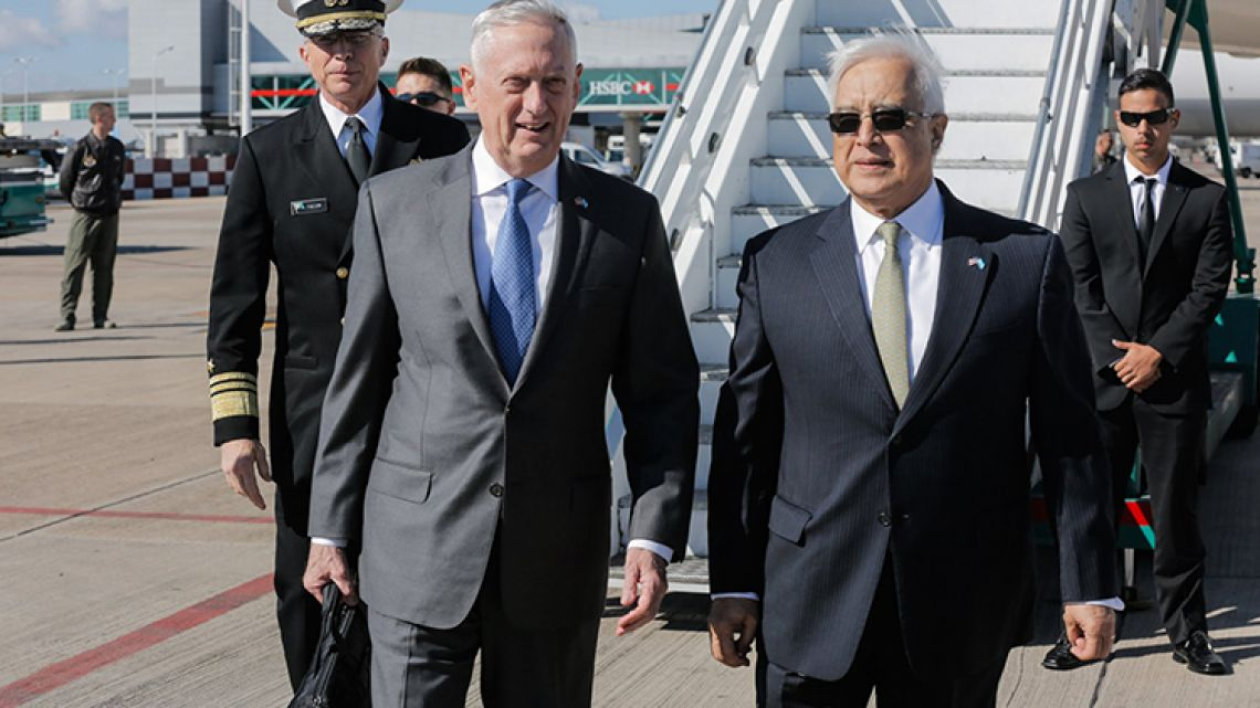 US Defence Secretary James Mattis with the US Ambassador to Argentina Edward Prado.