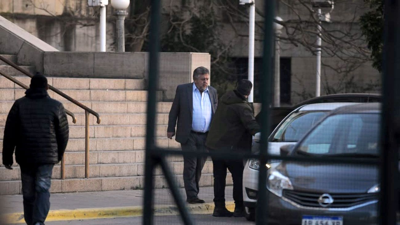 El fiscal Carlos Stornelli apeló la falta de mérito dictada a un ex abogado de los Báez