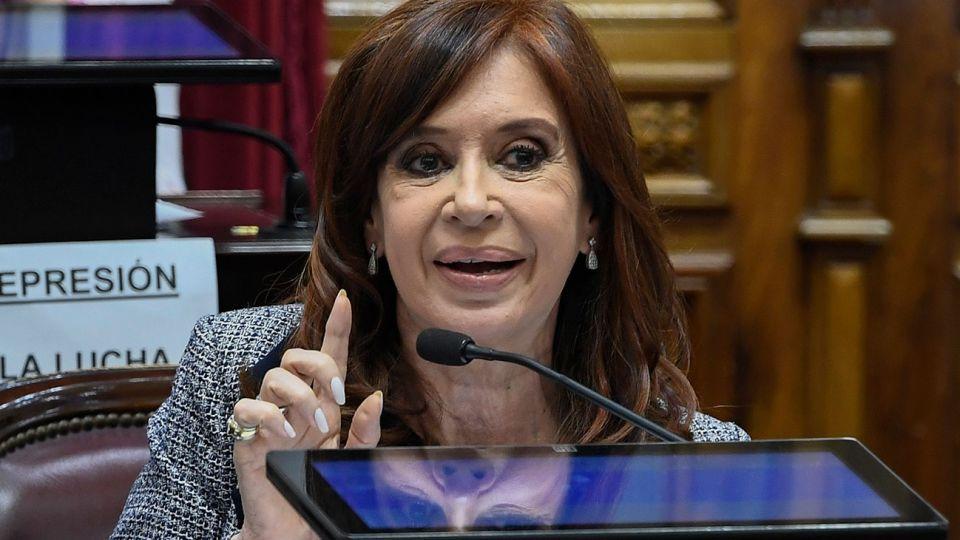Intervención de la Senadora Cristina Kirchner, en el debate de pedido del allanamiento a su domicilio por el Juez Bonadio en el Senado de la Nación.
