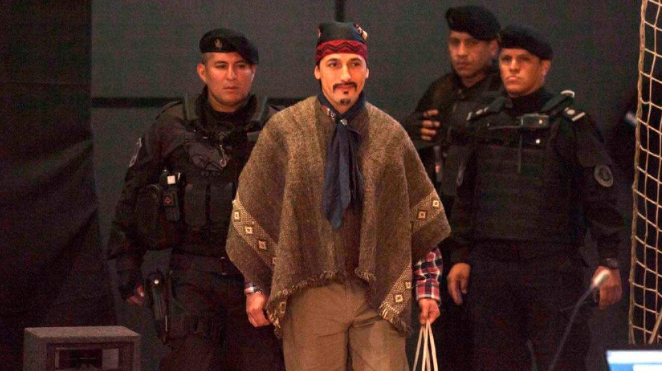 Condenan a Facundo Jones Huala a 9 años de prisión