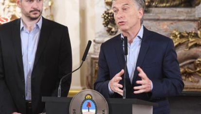 El Presidente junto a Marcos Peña