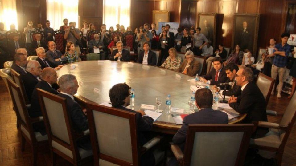 Presentación de la propuesta de estatuto para la creación de una corte penal latinoamericana y del Caribe contra el crimen transnacional organizado (COPLA).