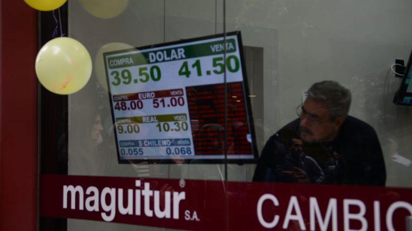 Cotización Del Dólar Hoy Foto Pablo Cuarterolo