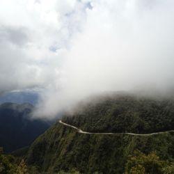 02_Panorámica de la Death Road o Ruta de la Muerte en Bolivia