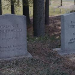 House_Of_Cards_Grave (2)