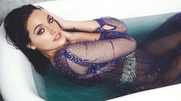 Oriana Sabatini calentó las redes con un atrevido topless