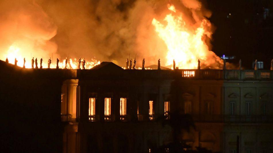 incendio museo brasil