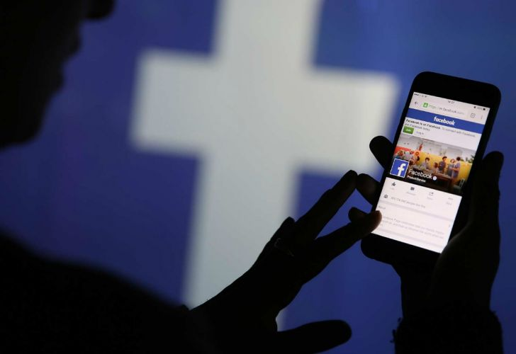 facebook bloomberg