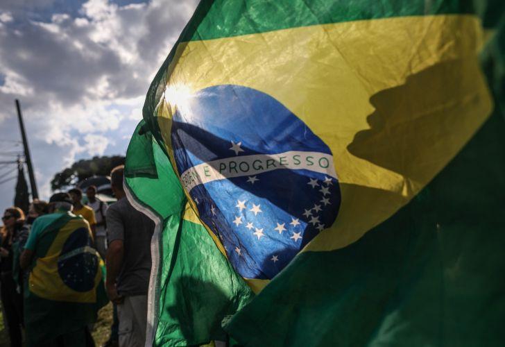 Army Captain, Rainforest Warrior or Prisoner: Who'll Rule Brazil?