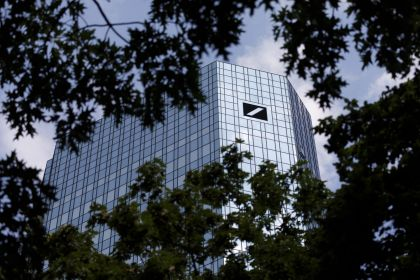 Deutsche Bank Is Said to Be Removed From Euro Stoxx 50 Index