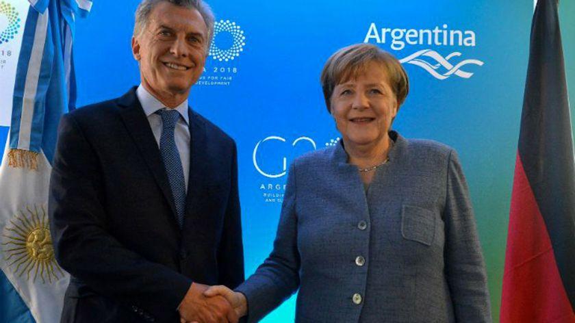 Macri llamó a Merkel por la negociación con el FMI