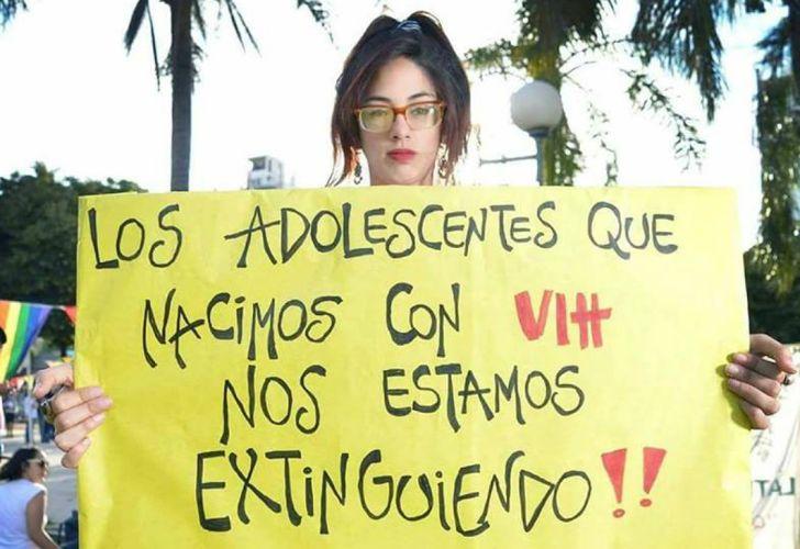 Desde la Red Argentina de Jóvenes y Adolescentes Positivos reclaman por una nueva legislación.