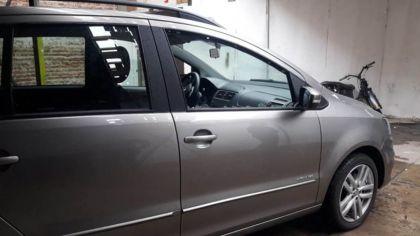 Así quedó el vehículo en el que iba la abogada que recibió un disparo en Santa Fe